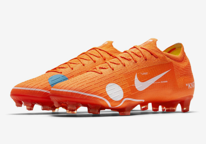 OFF-WHITE x NIKE の強力タッグによる革新的なサッカースパイクが登場