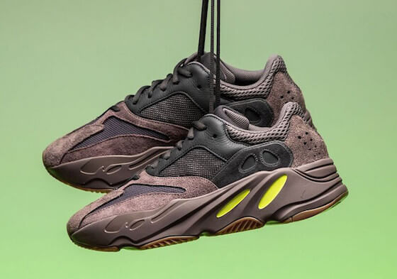 YEEZY BOOST 700「MAUVE」のリリース日が決定